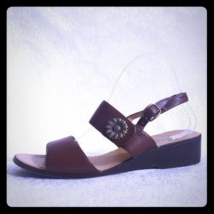 ⚅Brown Leather Sandal Silver Sunflower